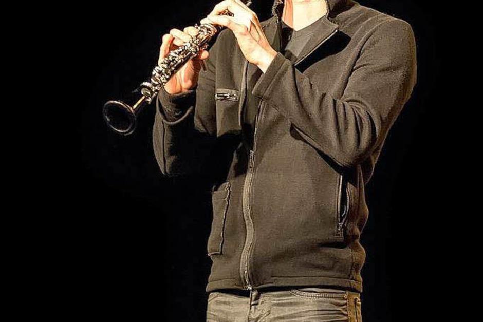 David Orlowsky begeisterte die Zuhörer mit seinem virtuosen Klarinettenspiel. (Foto: Matthias Schadock)