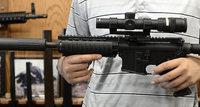 15-Jähriger tötet eigene Familie mit halbautomatischem Gewehr