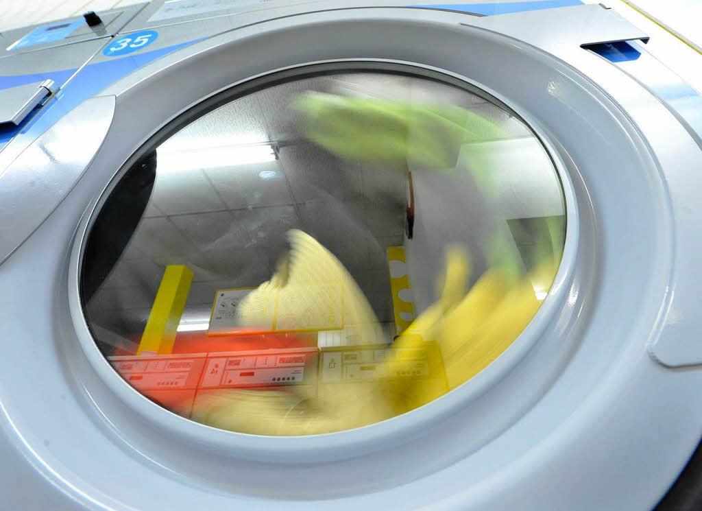 kaputte waschmaschine neuanschaffung oder reparatur wirtschaft badische zeitung. Black Bedroom Furniture Sets. Home Design Ideas