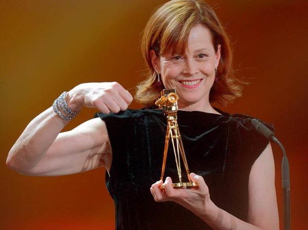 """Die US-amerikanische Schauspielerin Sigourney Weaver wurde in der Kategorie """"Beste Schauspielerin International"""" ausgezeichnet."""