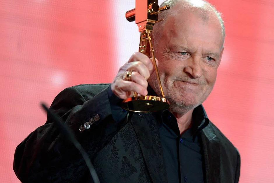 """Der britische Saenger John Robert """"Joe"""" Cocker wurde in der Kategorie """"Lebenswerk Musik"""" ausgezeichnet. (Foto: dapd)"""