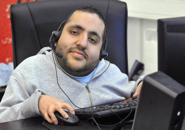 ismael hares alias rapper malik ist nun auch spd ortsvereinsvorsitzender freiburg badische. Black Bedroom Furniture Sets. Home Design Ideas