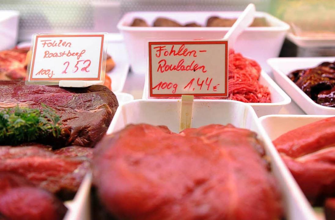 Fohlen-Rouladen in einer Pferdemetzger...n Deutschland gibt es nur 51 Betriebe.    Foto: dpa