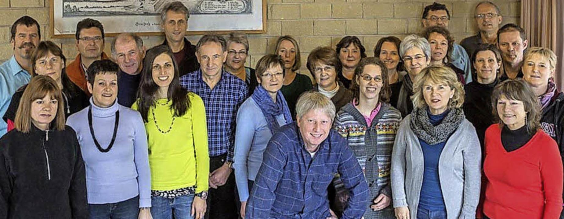 Drei neue Lieder studierte der Rockchor Ötlingen in Breisach ein.    Foto: Privat