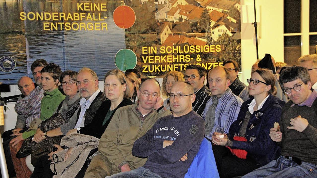 Die Info-Veranstaltung des Zukunftsfor...üllte das  evangelische Gemeindehaus.     Foto: Gerd Lustig