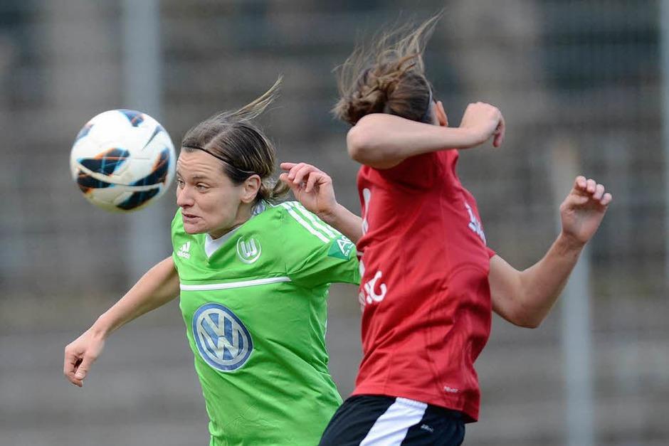 Chancenlos waren die Frauen des SC Freiburg im Halbfinale des DFB-Pokals gegen Wolfsburg. (Foto: Seeger)