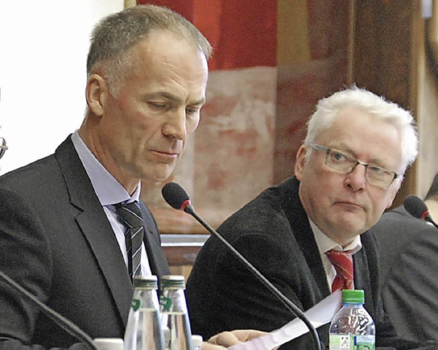 Die Vertreter der Firma Zimmermann bei der Erörterung   | Foto: Staub
