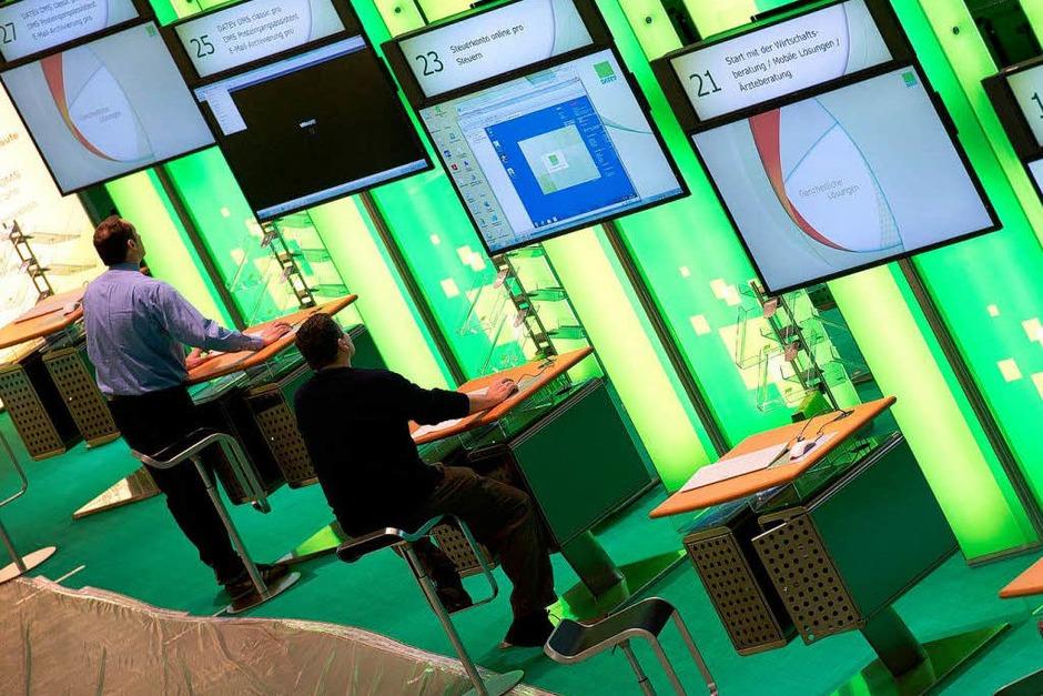 Daten teilen? Sicher! Das Softwareunternehmen DATEV stellt Lösungen zum sicheren Austausch von Daten und Informationen vor. (Foto: dpa)