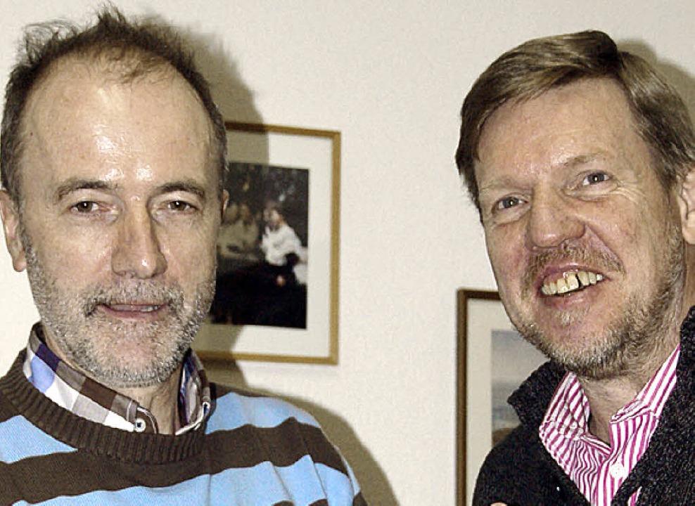 Vorsitzender Bernhard Lindner (rechts)...sein Stellvertreter Hubert Riesterer.   | Foto: Paul Schleer