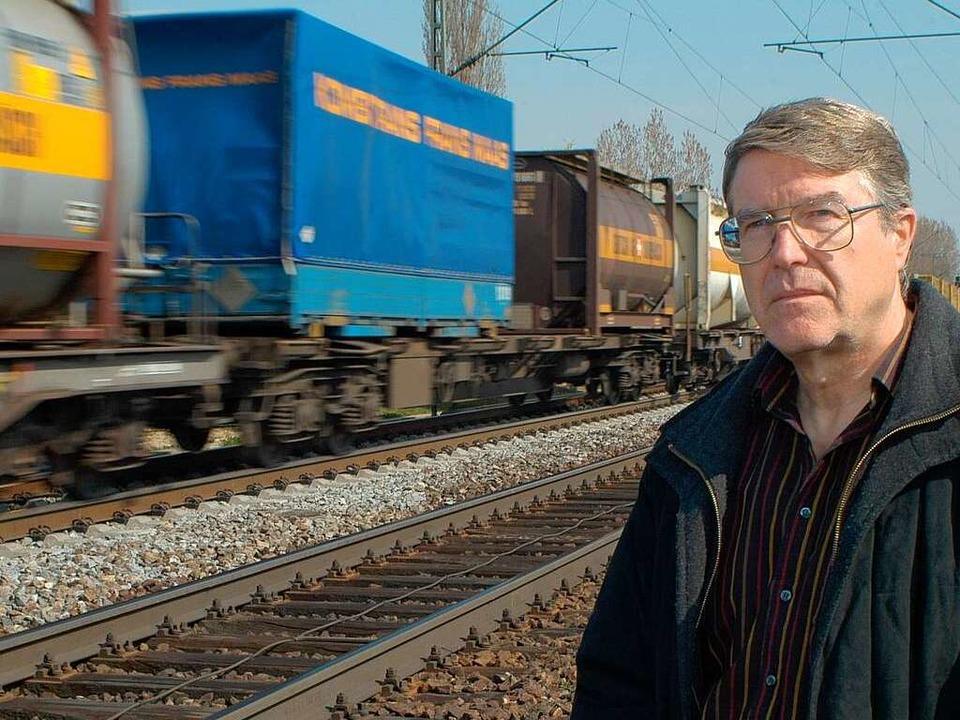 Der Mut-Vorsitzende Roland Diehl hat m...e der Bürgerinitiative mitgeschrieben.  | Foto: Thomas Kunz