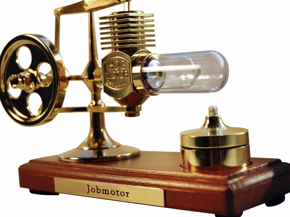 Der Preis für die Sieger: Das Modell  eines  Stirling-Motors