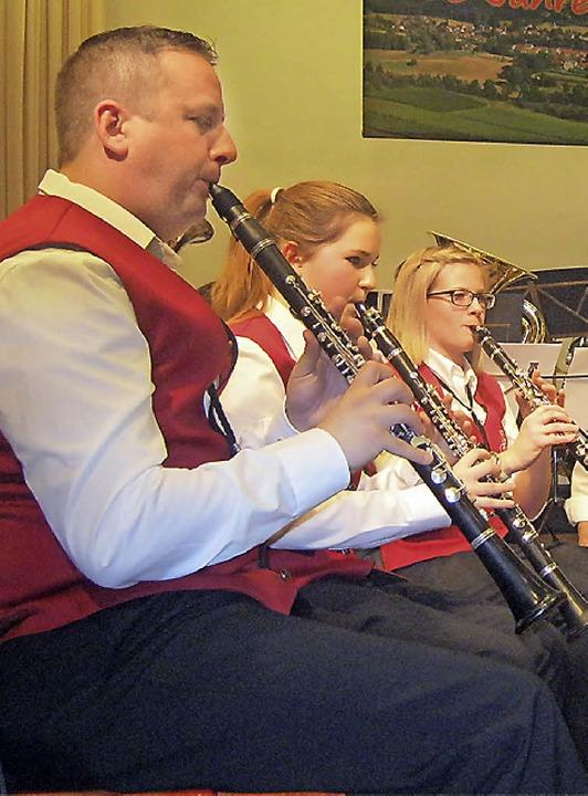 Zum Gelingen des Konzerts trugen auch die Musiker aus Auggen bei.  | Foto: Anne Freyer
