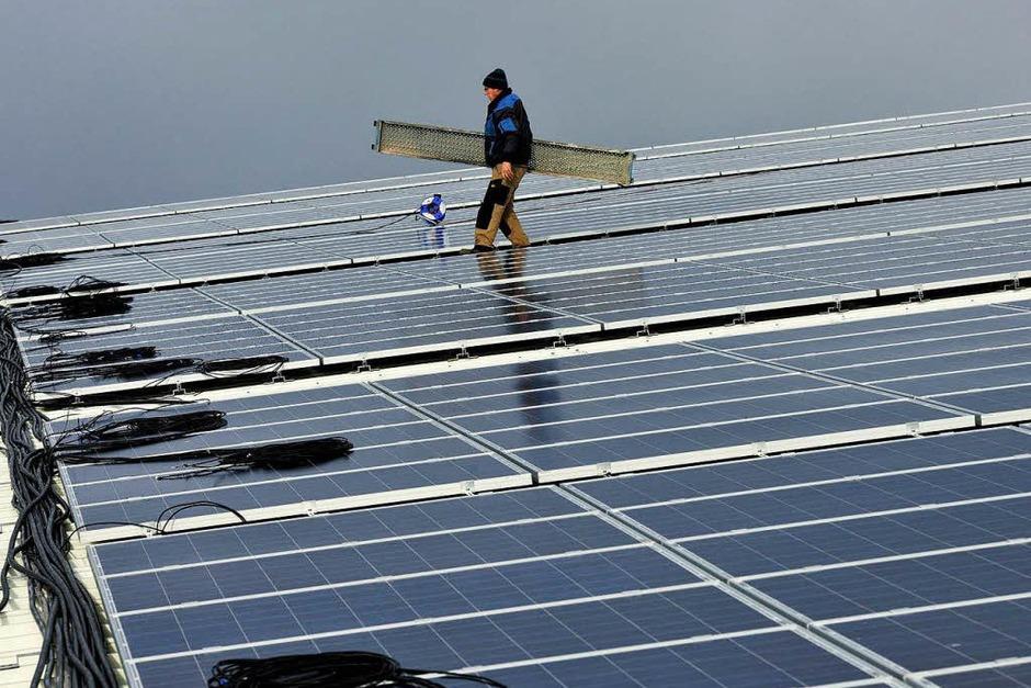 Platz 3: Erneut ein Solarunternehmen. Das Photovoltaikunternehmen mit Sitz im bayerischen Sulzemoos ist international aktiv; 2012 verlor der Aktienkurs von Phoenix Solar dennoch knappe 58 Prozent. (Foto: dapd)