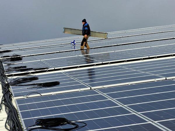 Platz 3: Erneut ein Solarunternehmen. Das Photovoltaikunternehmen mit Sitz im bayerischen Sulzemoos ist international aktiv; 2012 verlor der Aktienkurs von Phoenix Solar dennoch knappe 58 Prozent.