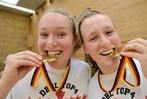 Fotos: Die Eisv�gel gewinnen zuhause den Basketball-Pokal