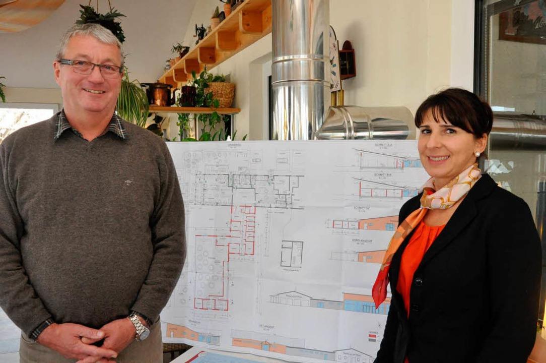 Wilhelm und Beata Kläsle wollen ihr  R...um eine größere Eventhalle  erweitern.    Foto: Kai Kricheldorff