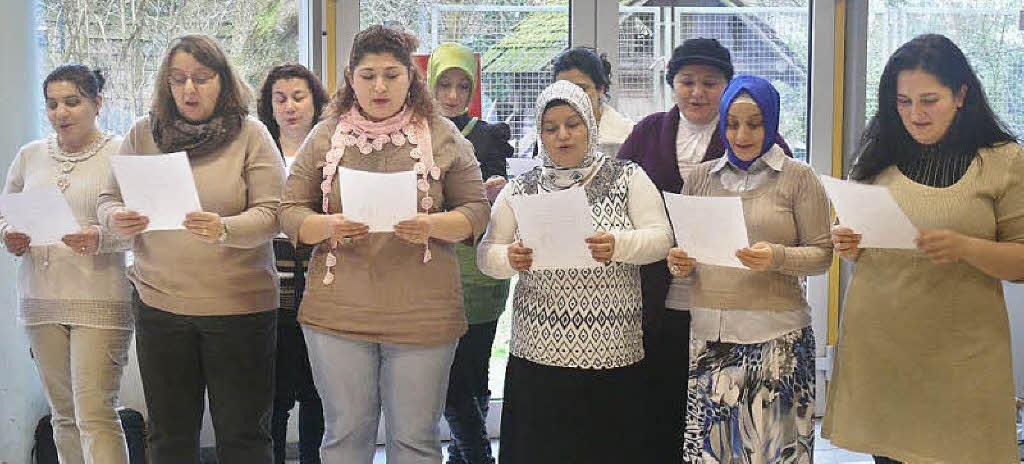 Bad Krozingen: Muslimische Frauen lernen Schwimmen - badische-zeitung ...