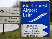 Herrenknecht, Europa-Park und Hansgrohe sichern vorerst den Flugbetrieb in Lahr