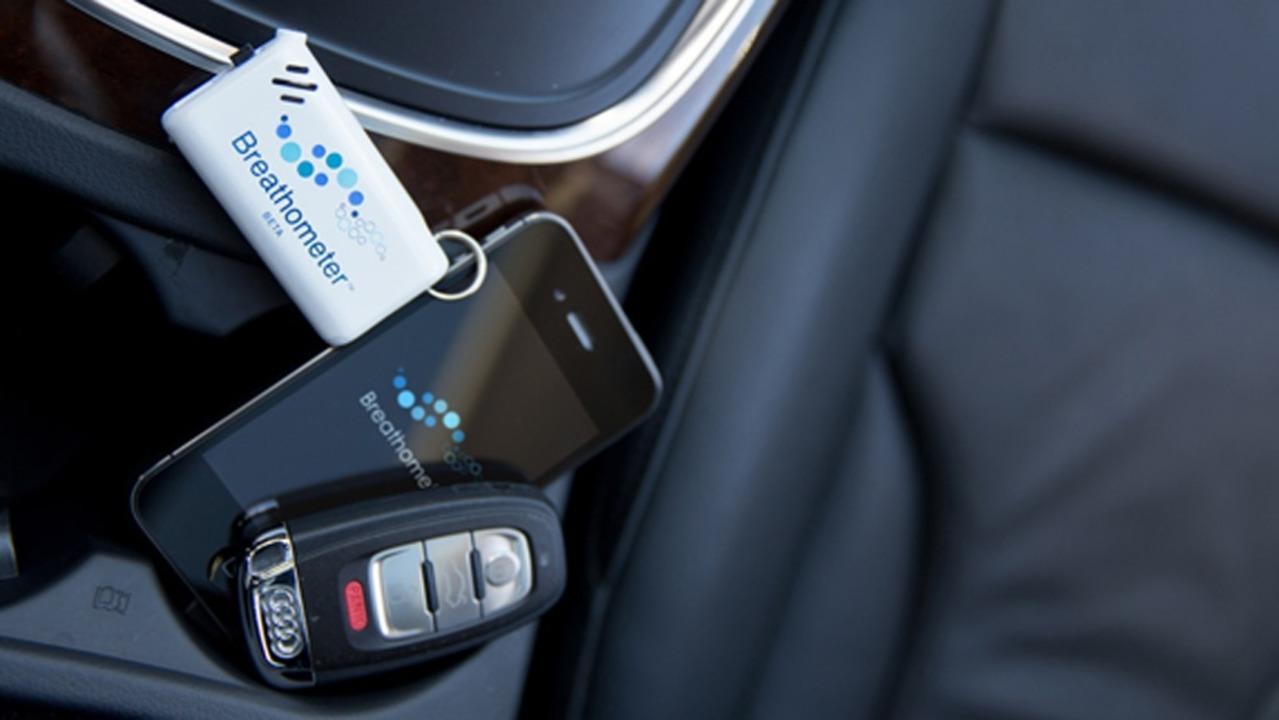 Breathometer (und Smartphone im Auto) ...rät, sobald es weiterentwickelt wurde.  | Foto: IDG