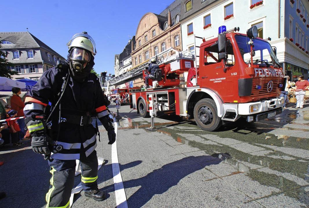 Was die Feuerwehr kann, lernt die Bevö...och von der Öffentlichkeit unbemerkt.   | Foto: Barbara Ruda