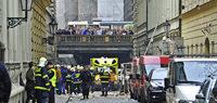 Eine Explosion erschüttert Prag