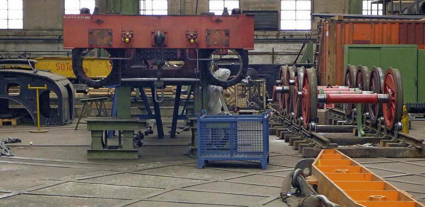 In ihre Einzelteile zerlegt ist die Dampflok 384 derzeit im Wehrle-Werk.    Foto: Rapp/EFB