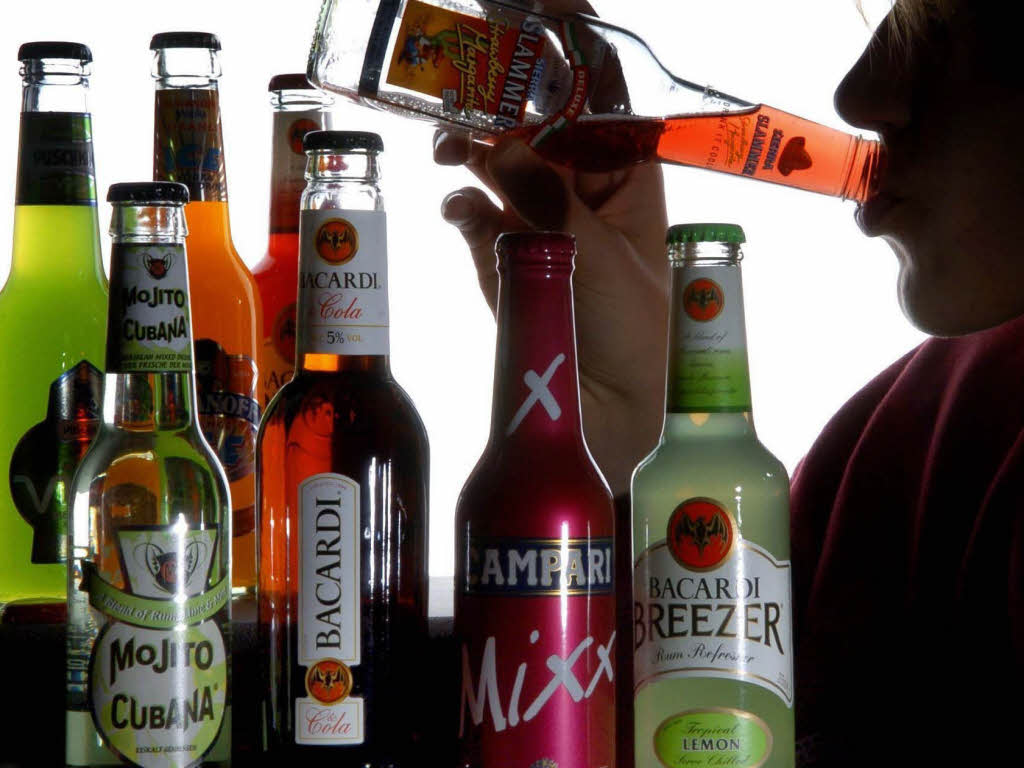 t rkei parlament verabschiedet strengere alkohol regeln panorama badische zeitung. Black Bedroom Furniture Sets. Home Design Ideas