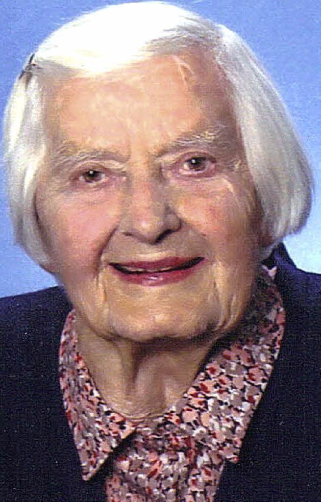 <b>Erna Schneider</b> feiert heute ihren 100. Geburtstag. Foto: privat - 72246768