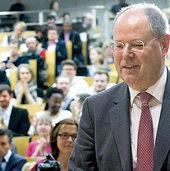 Steinbrück fordert Marshall-Plan