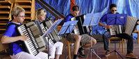 Musikzug lässt den Gästen den Vortritt