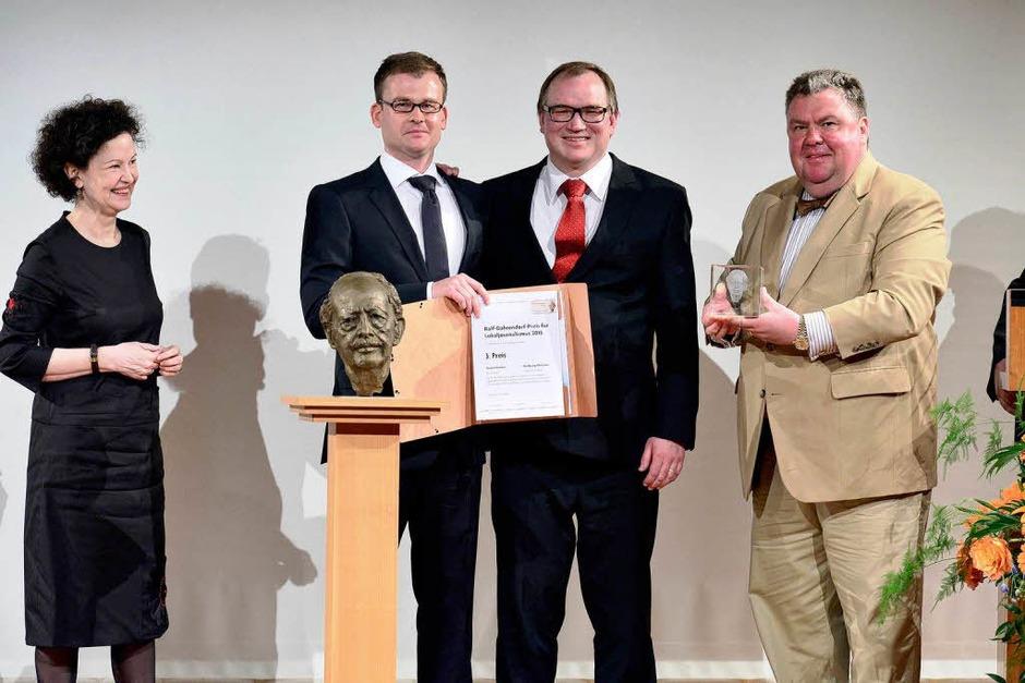 Sie erhielten den Preis  für ihre Berichterstattung über die Privatisierung der Hochrhein-Eggbergklinik in Bad Säckingen. (Foto: Ingo Schneider)