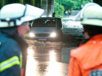 Schwere Unwetter: Mehrere Verletzte und hohe Schäden