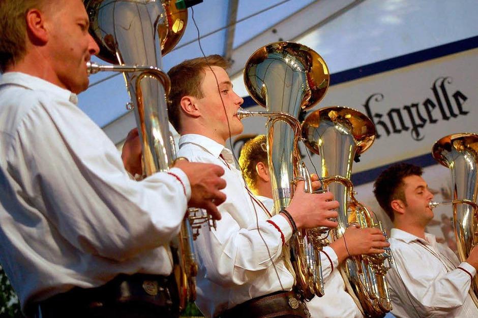 Rauschendes Fest: Impressionen vom Jubiläumswochenende der Trachtenkapelle Altenschwand (Foto: Hildegard Siebold)