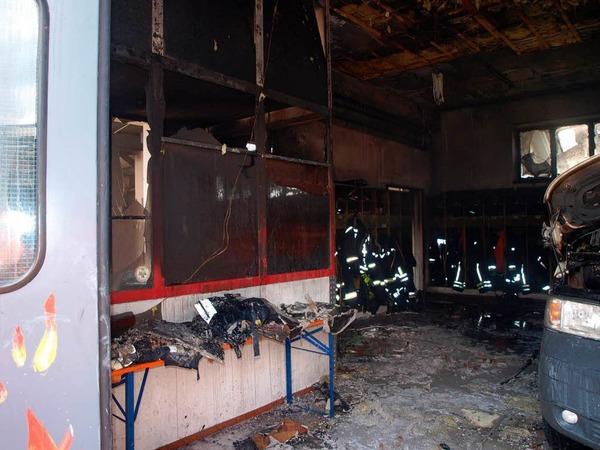 Brand im Feuerwehrgerätehaus Kandern