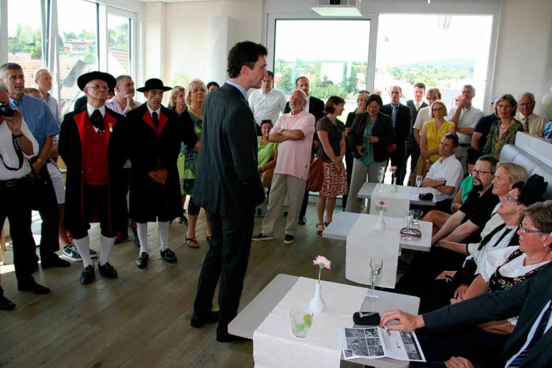 Hotelleiter Peter Feldchen stellte sic...h im Frühstücksraum versammelt hatten.    Foto: Friederike Marx-Kohlstädt