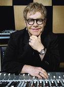 Elton John nun am 23. Juli 2014