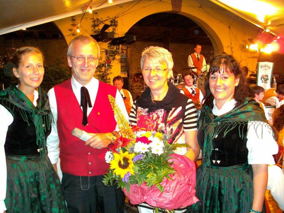 Meinrad Grammelspacher und seine Frau ...itte) wurden für ihren Einsatz geehrt.  | Foto: Anne Freyer