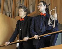 Alexander Pfeifer und Frank Zimpel spielen in der Katholischen Kirche in Schönau