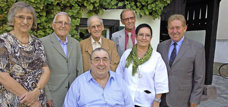 Langjährige Mitglieder  der CDU Hausen...nder Helmut Lang, sitzend Max Faller.     Foto: Edgar Steinfelder