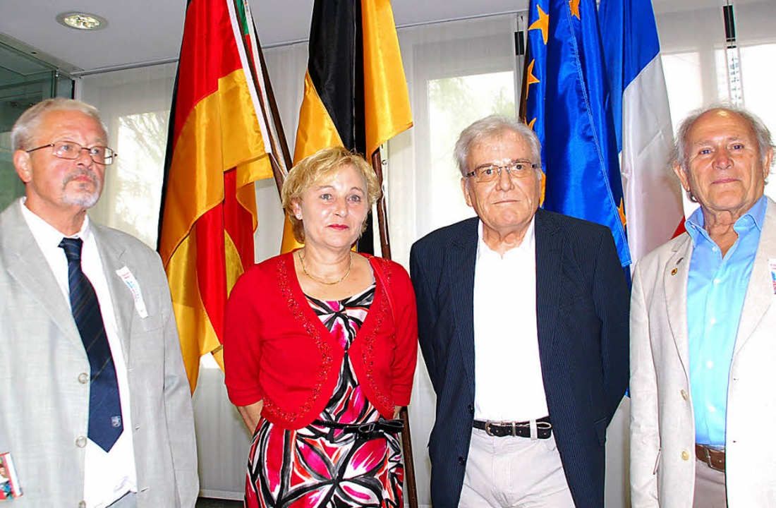 Ernste Gesichter  beim Trottoirfestver...aier und Gerd Senn aus dem Vorstand.    | Foto: Ralf Staub