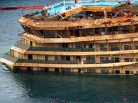 Fotos: Das Wrack der Costa Concordia ist geborgen