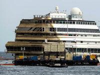 Die Costa Concordia ist wieder aufgerichtet