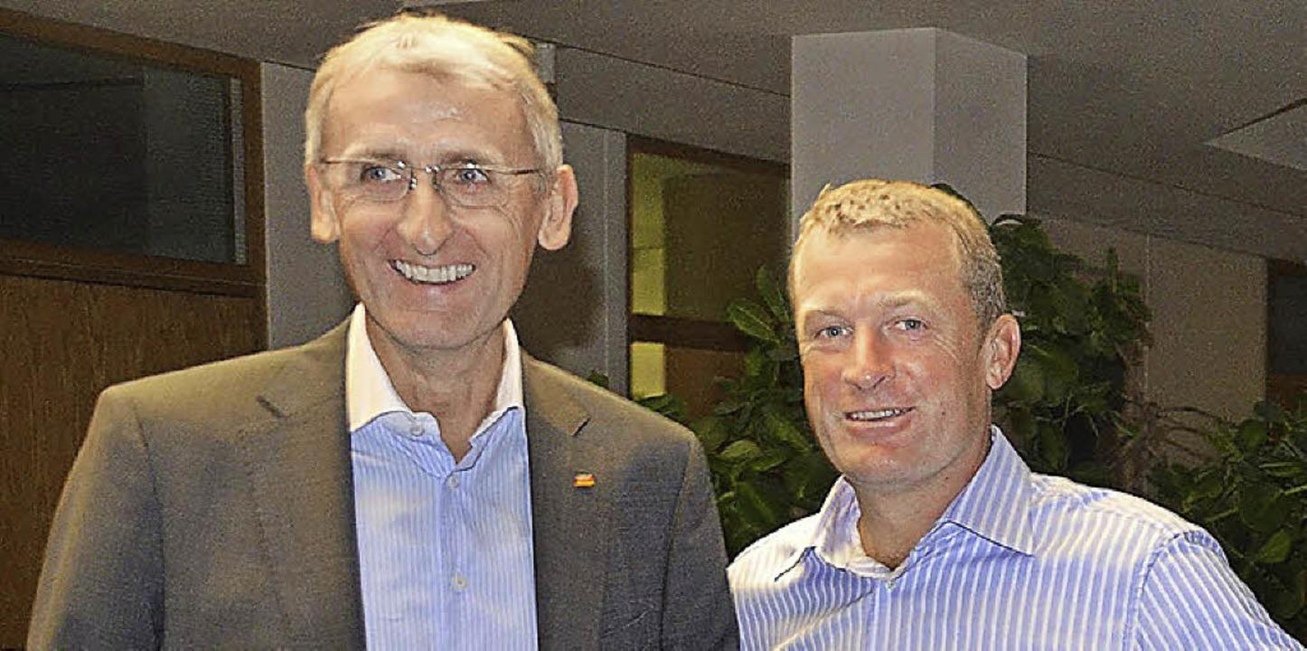 Armin Schuster (links) und Ulrich Lusche sowie die CDU haben gut Lachen.     Foto: rud