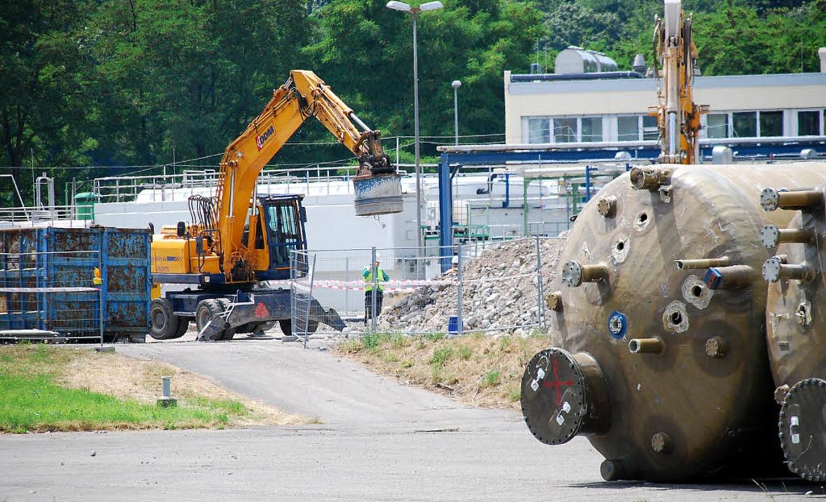 Damit die Roche ihre Sanierung der Kes...rungssperre auf dem BASF-Areal nötig.     Foto: Ralf Staub