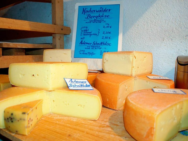 Für jeden Geschmack etwas dabei: Käse vom Hof Till