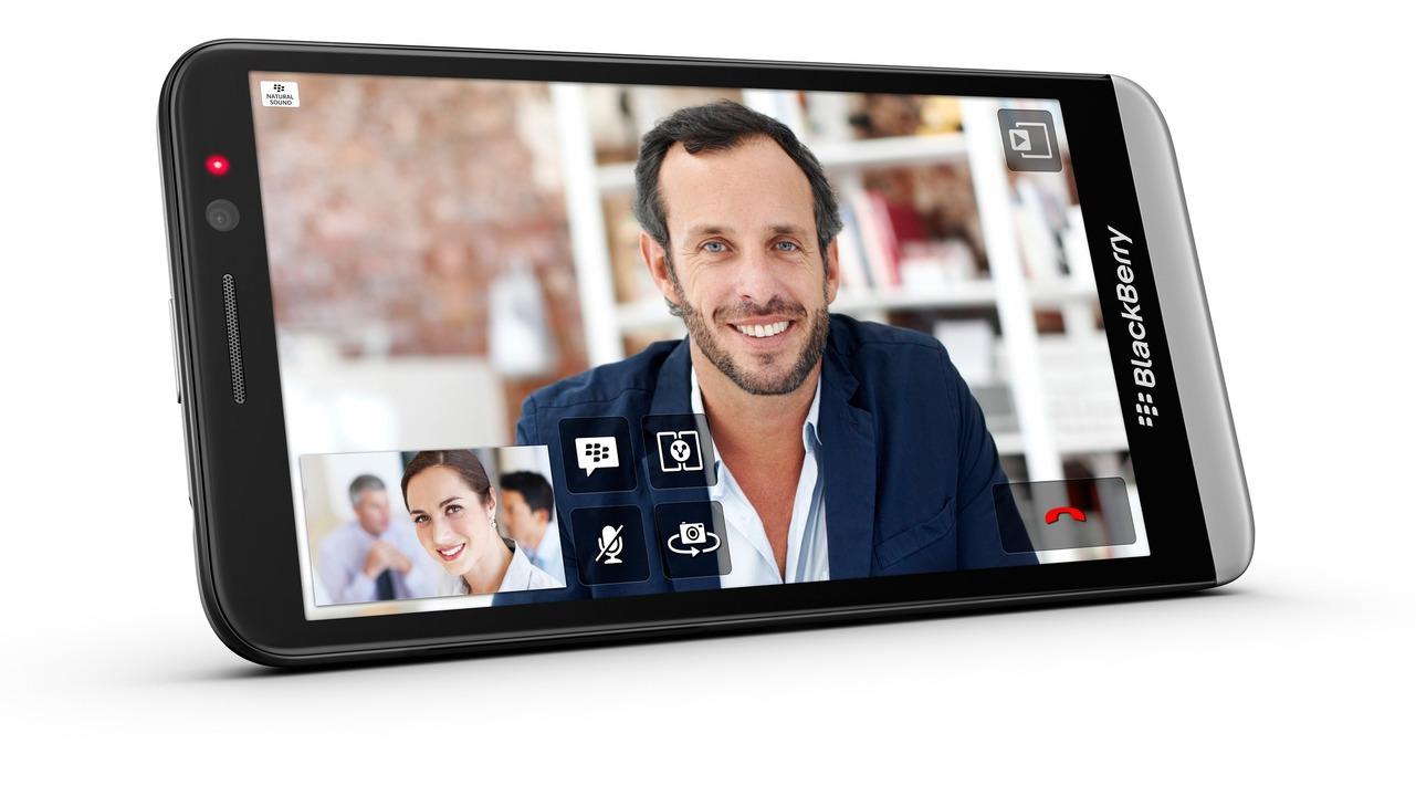 Blackberry Z30 quer BBM  | Foto: IDG