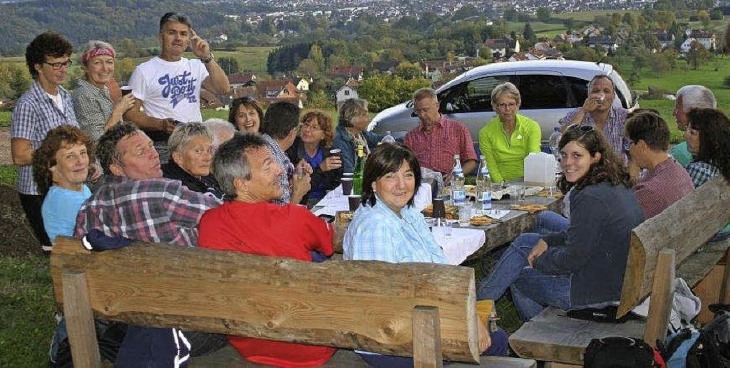 Die Mitglieder des Weiler Skiclubs lie...ei ihrem Ausflug ins Grüne gut gehen.   | Foto: Privat