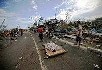 """Wirbelsturm """"Haiyan"""" hinterlässt Schneise der Verwüstung"""