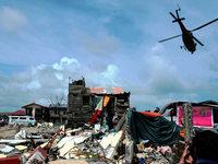 Menschen auf den Philippinen rufen nach Taifun um Hilfe