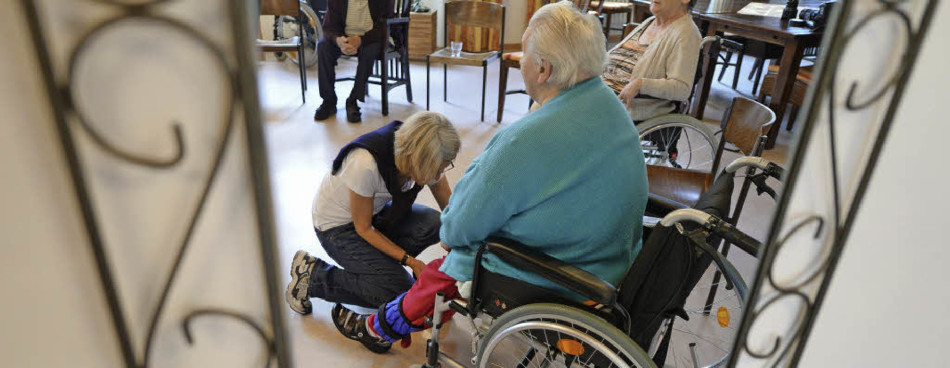 Die Rentenversicherung verlangt Abgabe...reiberufliche Pflegekräfte einsetzen.     Foto: DPA